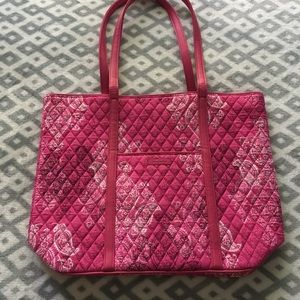 Trimmed Vera Tote-Stamped Paisley